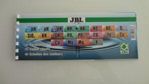 JBL ProScape srovnávací stupnice